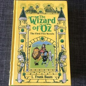 Barnes & Noble Other - The wizard of oz first five novels
